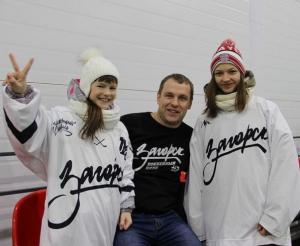 Толстовки и футболки с логотипом хоккейной команды заказать Сергиев Посад